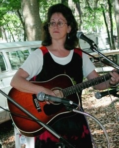 Performing at the Will McLean Folk Festival in 2001