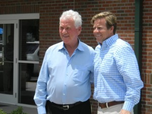 Frank Stronach stands next to Florida Senate President Mike Haridopolos at an IFAS building dedication ceremony.