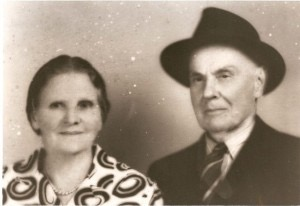 Early photo of Will McLean's grandparents
